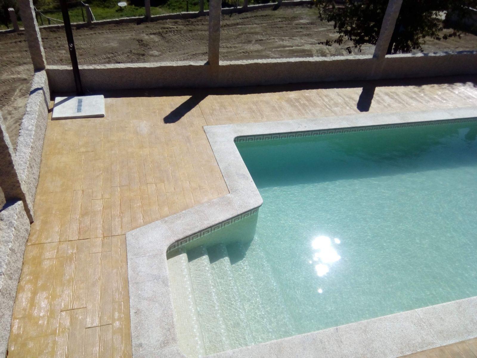 piscina coronación de piedra piscinas elifra